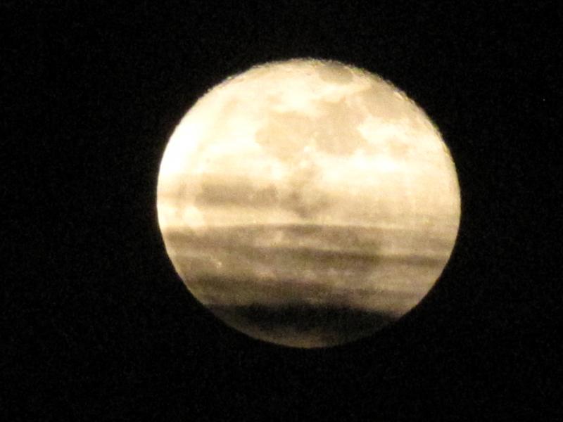 Wolf Moon rises over Appleton