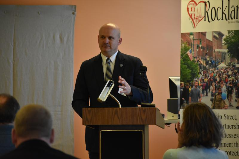 Maine improves, strengthens prisoners' re-entry process to