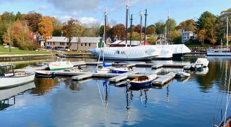 Remove boats from Camden floats now, per Harbor Master