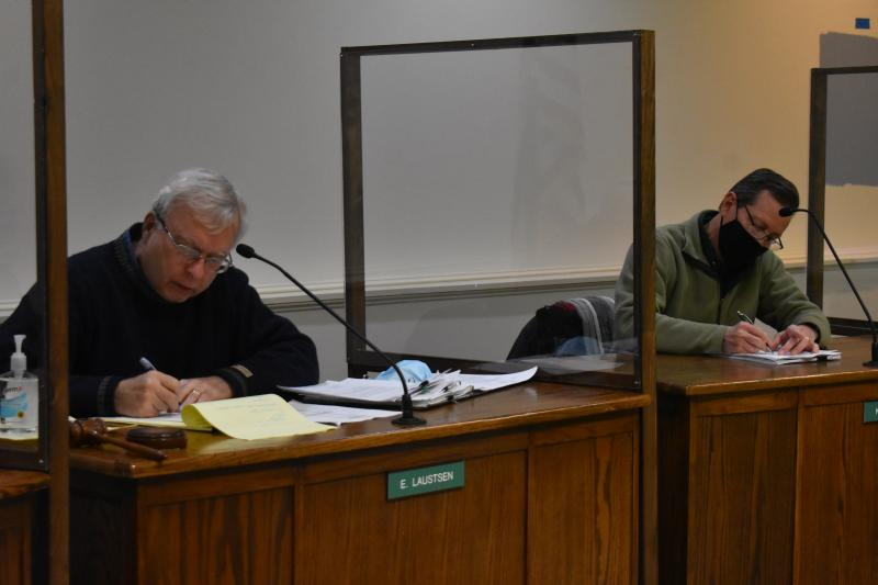 Using their own money, Rockland Planning Board members retain attorney in cell tower legal dispute