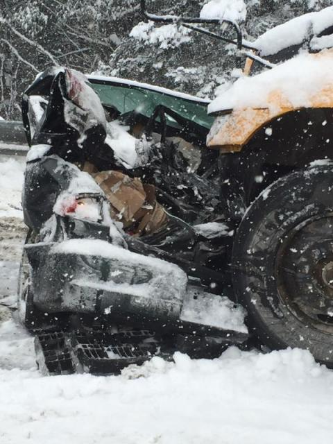 Update 70 vehicle pile up on i 95 likely largest ever in for Department of motor vehicles bangor maine