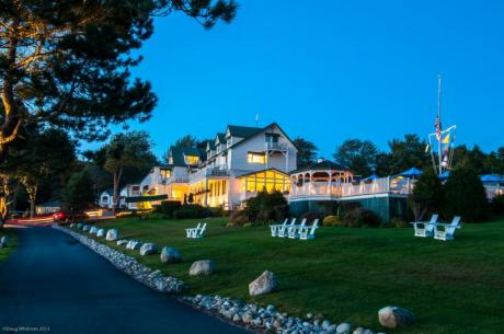 Boothbay Harbor Oceanfront Restaurant