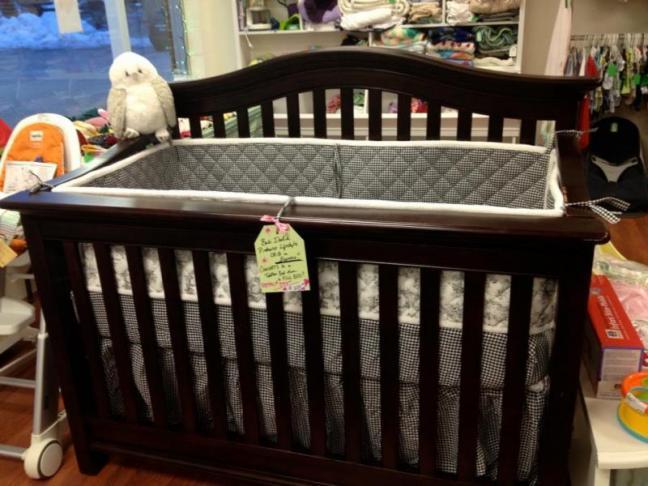 The Stationary Babi Italia Pinehurst Lifestyle Crib In
